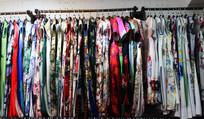 各色款式的女性旗袍
