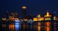 黄浦江上的游船
