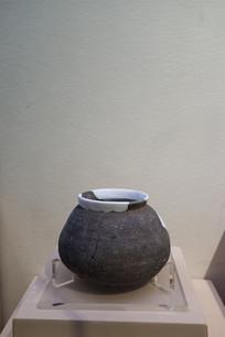 西周时期陶釜