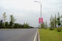 贵安新区道路和绿化带