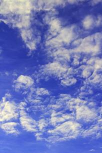 蓝色天空白云景观