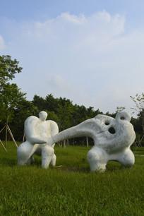 广州新体育馆门外雕塑