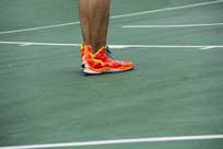 球场运动鞋