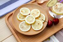 柠檬片特写图片