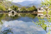 安徽宏村南湖徽派建筑拱桥