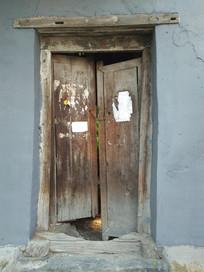 老北京平房的大门