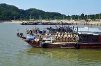 大海渔船风景图片