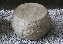 清代花纹石鼓