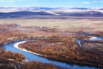 额尔古纳湿地初冬曲水特写