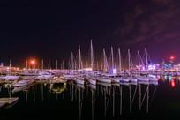 帆船中心绚丽夜景