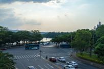 惠州西湖边的交通路况