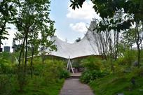 五象湖公园遮阳休闲场所