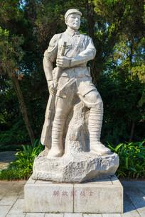 解放军战士雕塑