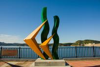 鱼水草雕塑