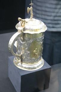 罗马尼亚纯银镀金雕花水杯