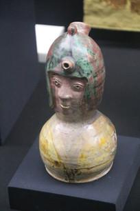 罗马尼亚陶瓷手绘将军头瓶