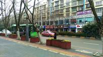 清镇市整洁的街道