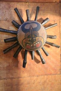 拉祜族太阳神手工艺品