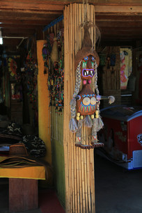 拉祜族特别的女性手工艺品