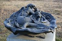 石雕美人鱼和小男孩