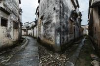 徽派民居建筑的石板路