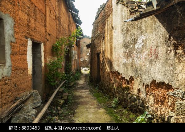 土墙房乡村图片