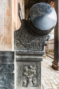 黟县青雕刻的石鼓