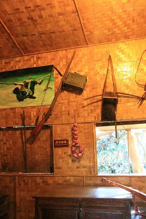 普米族的木屋与火药枪