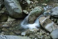 羊狮幕溪流瀑布