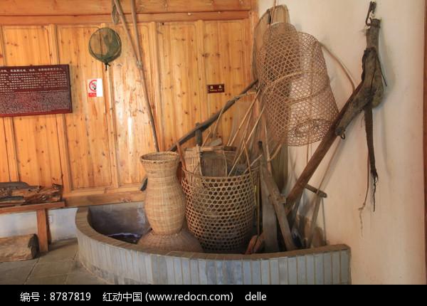 蒙古族人民的渔具图片