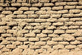 农村遗留的老屋土坯墙