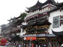 上海城隍庙宏伟的阁楼