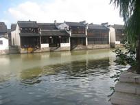 微波荡漾的江南水乡
