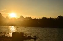日落山水风光图片
