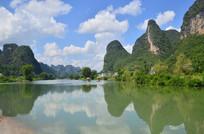 美丽的蓝天白云山水风景