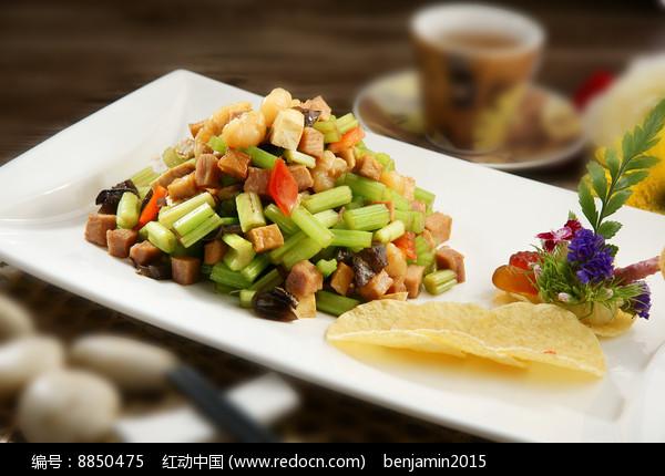 芹菜虾仁炒豆干图片