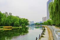 沈阳小河沿河岸与石桥
