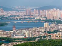 惠州东江沿岸城市风光