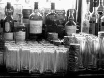 洋酒及酒杯