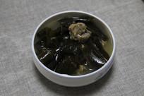 家常菜海带排骨汤汤