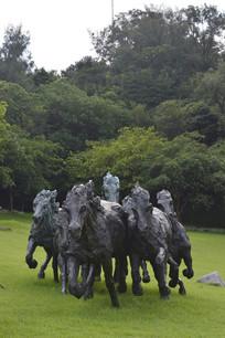 解放雕塑奔跑中的马群石雕