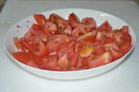 碗里的番茄
