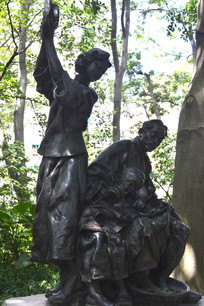 一家之主雕塑
