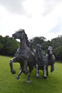 一群奔跑中的马石雕雕塑