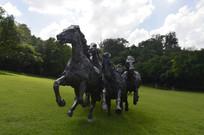 众马奔腾雕塑