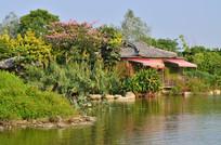 蓝天绿树花草湖泊园林建筑图片