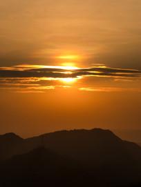高榜山上的夕阳与云彩