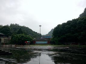 红枫湖景区停车场