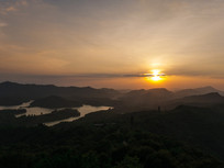 红花湖景区的晚霞