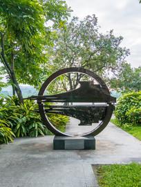 惠州西湖的飞鹅雕塑
